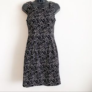 Connected Apparel Size 6 Dress Black White